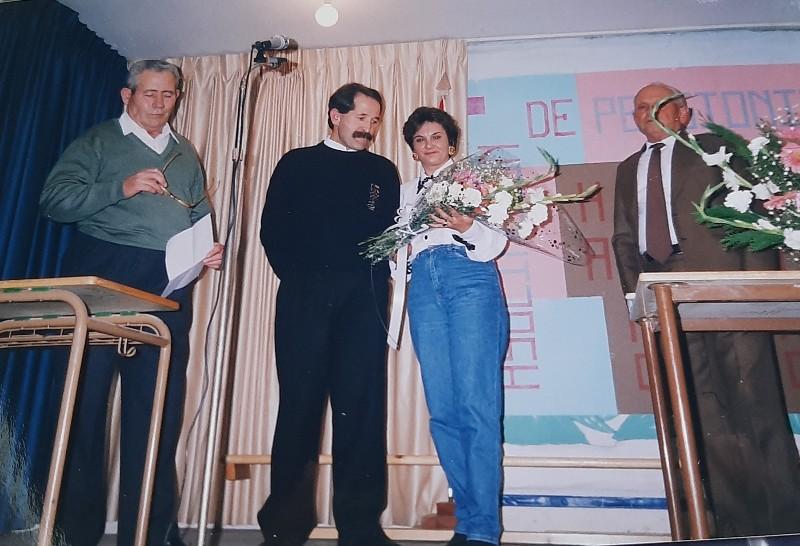 María José Montero Núñez con la asociación de pensionistas de Toral de los Vados.