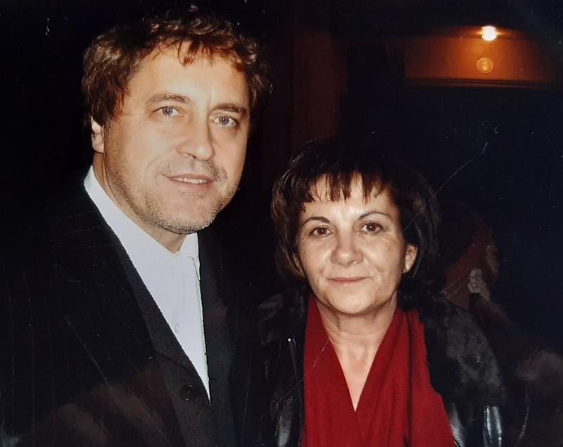 María José Montero Núñez con el escritor Manuel Rivas.