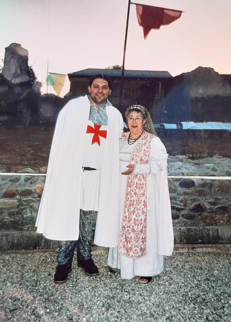 Con un amigo vestidos de Templarios